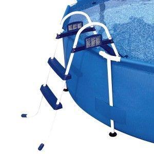 pool zubeh r so reinigt man seinen pool 2016. Black Bedroom Furniture Sets. Home Design Ideas